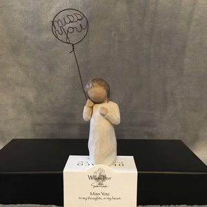 🌼Willow Tree Figurine - Miss You🌼